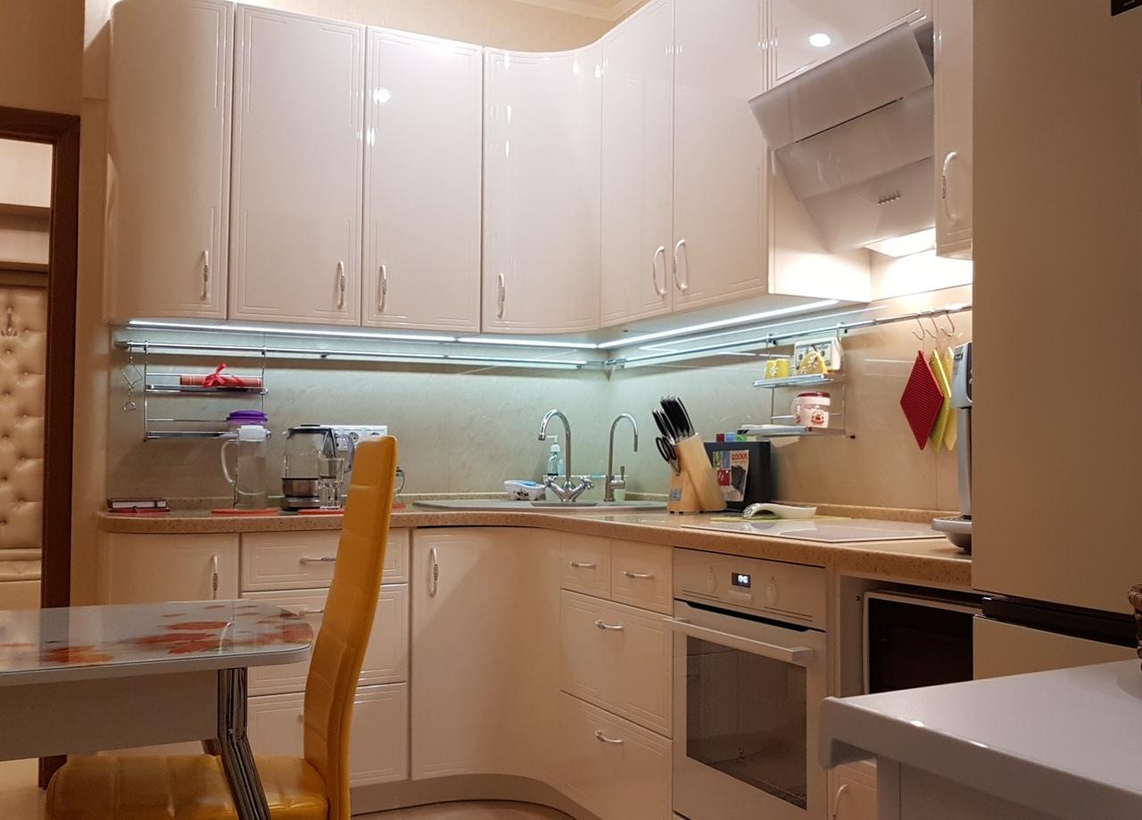 Кухня угловая правая Назэр артикул: 20478663